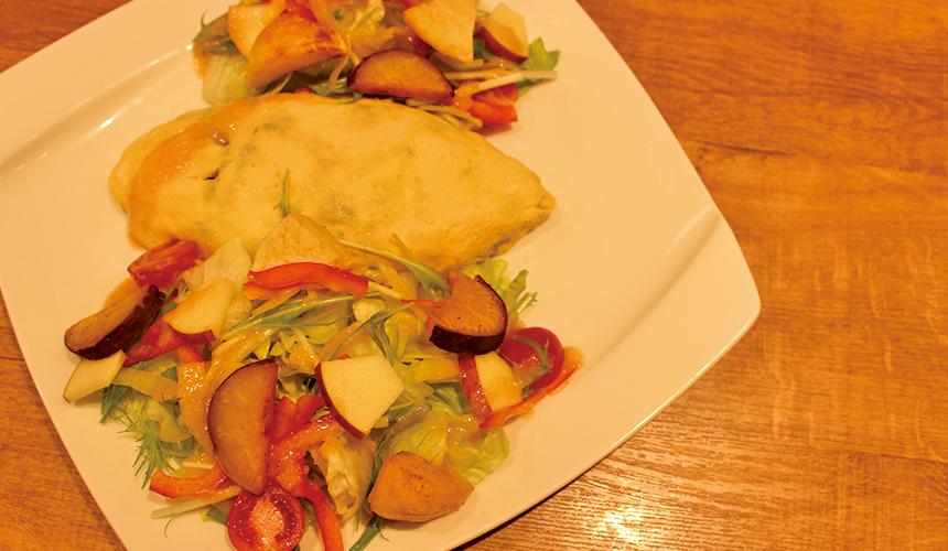 蘋果沙拉蛋包飯   1,180日圓