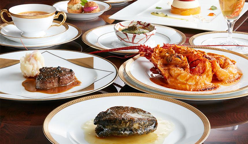 晚餐是使用伊勢龍蝦、鮑魚、松阪牛等當地食材的法國料理。