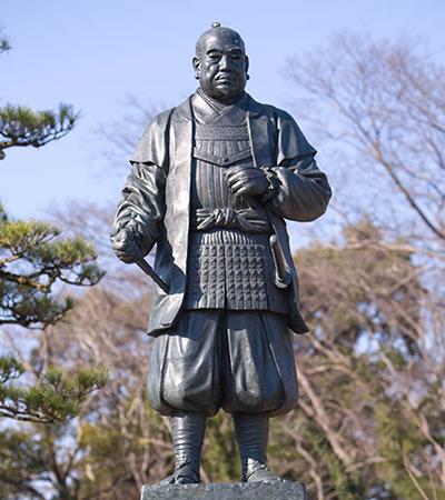 岡崎公園內德川家康公雕像圖片來源:岡崎市