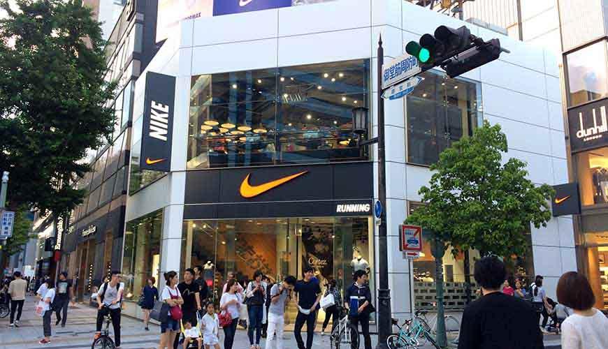 日本全國自由行大阪心齋橋推薦必逛必買便宜購物逛街地圖攻略NIKE