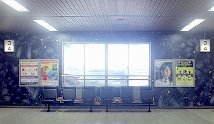 日本岡山JR兒島站等候座位