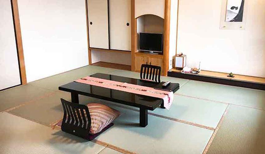 有馬溫泉竹取亭円山的和式房型