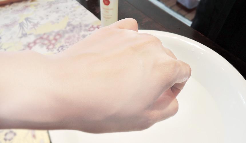 京都京乃雪的天然洗面皂泡沫細緻洗完不緊繃
