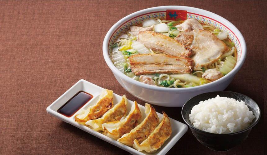 大阪必吃拉麵店「神座」的美味拉麵與煎餃套餐(どうとんぼり餃子セット)