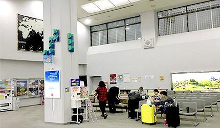 日本岡山機場國際線2樓休息區