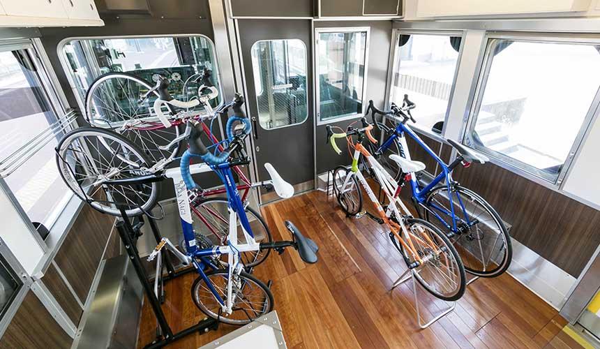 到宇野車站騎自行車
