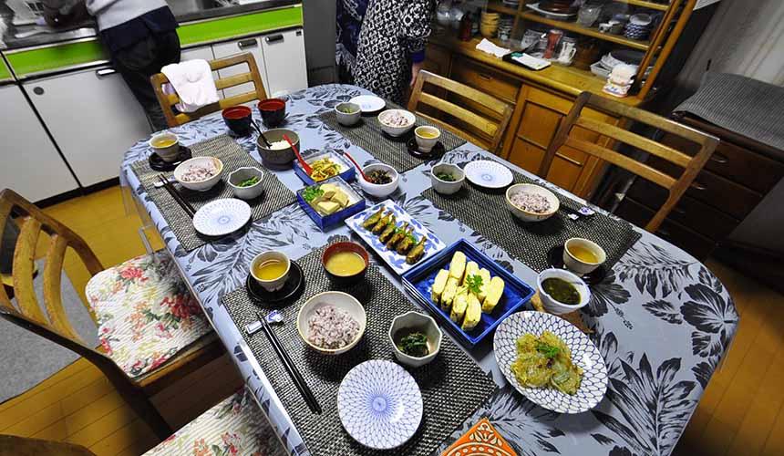 京都美山町自然文化村「河鹿莊」推出的「共進早餐」特別體驗行程