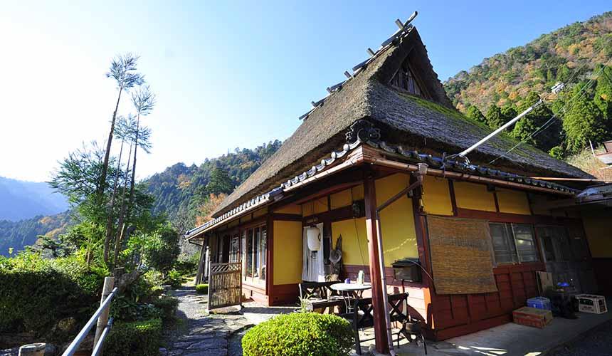 京都「美山茅草屋之鄉」的純樸民宿