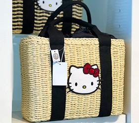 日本兵庫淡路島大型「HELLO KITTY SMILE」海景主題餐廳「Hello Kitty紀念商品店」的限定款包包
