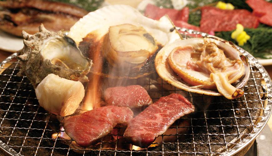大阪裏難波「海千山千番長」一次吃遍伊勢龍蝦、神戶牛燒烤!