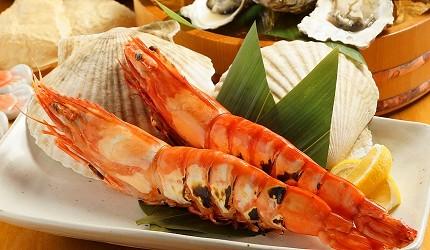 大阪難波海鮮大餐店家推薦「知床漁場 道頓堀店」的2號套餐的鮮蝦吃到飽