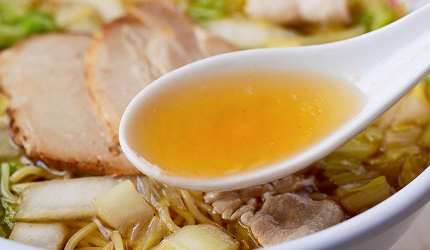 拉麵店神座的湯底