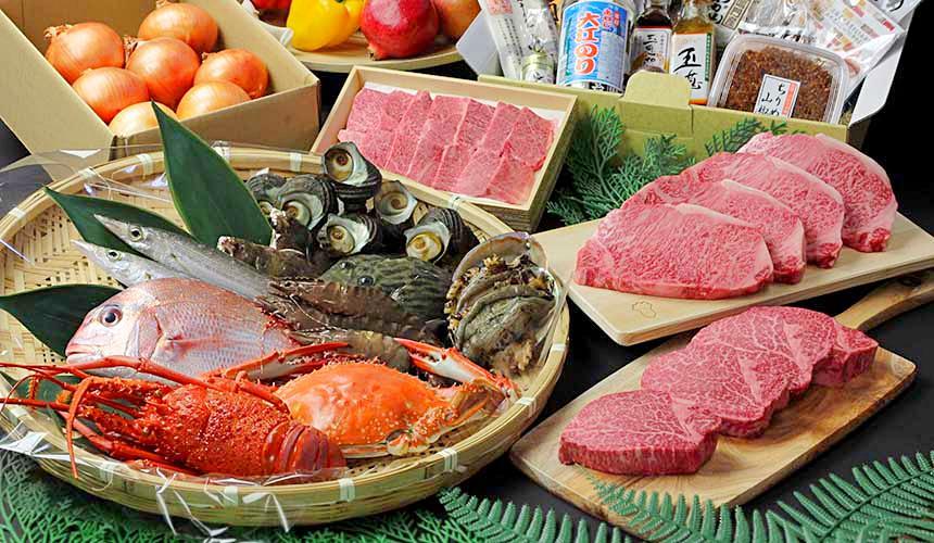 洲本市盛產許多海鮮,赤海膽與鮑魚都很頂級
