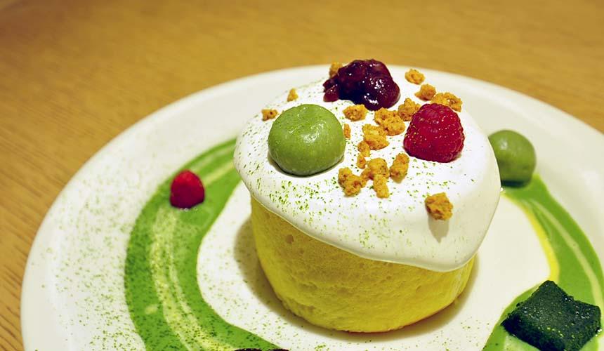 chano-ma岡山的甜點「抹茶と小豆」