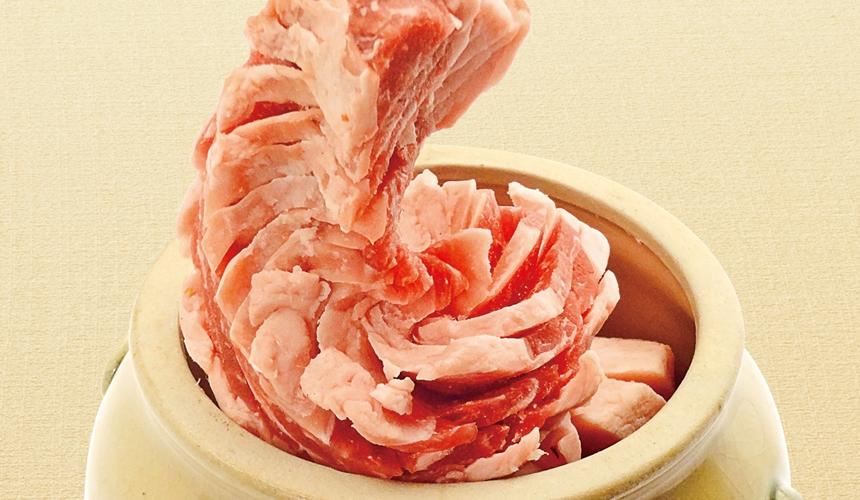 大阪推薦必吃的和牛燒肉店「黒べこ屋 裏難波店」的特大龍肋排