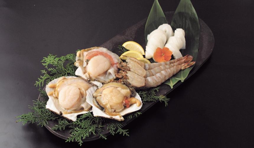 大阪推薦必吃的和牛燒肉店「黒べこ屋 裏難波店」的海鮮