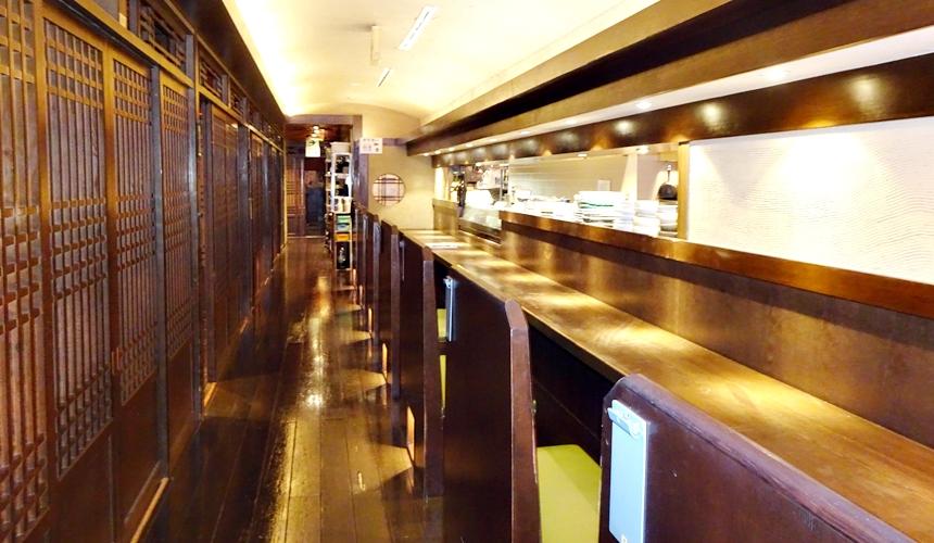 大阪心齋橋的超值居酒屋「きんいち花鳥風月」的店內裝潢