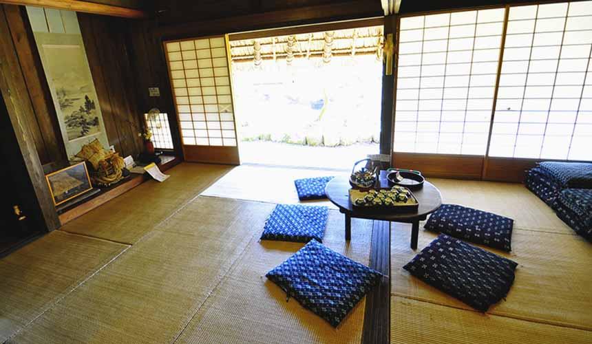 京都「美山茅草屋之鄉」美山民俗資料館呈現了以前人們的生活光景
