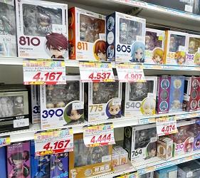 大阪秋葉原藥妝家電3C用品齊全「JOSHIN上新電機」的「SUPER KIDS LAND CHARACTER館」黏土人系列