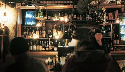 被票選為外國人心中日本京都必去的No.1地點「L'Escamoteur Bar」魔幻酒吧