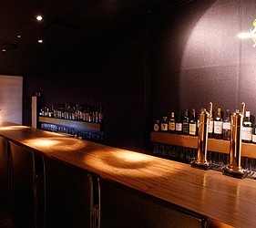 日本京都酒吧推介雪月花店内吧台