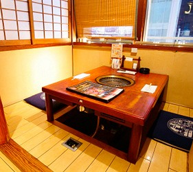 大阪道頓堀「はや・しゃぶ兆」燒肉、涮涮鍋吃到飽包廂式座席