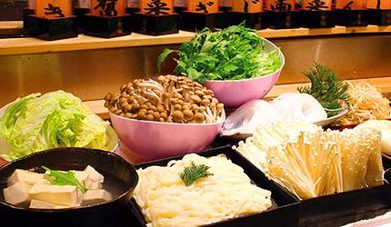 大阪道頓堀「はや・しゃぶ兆」燒肉、涮涮鍋吃到飽蔬菜自助區