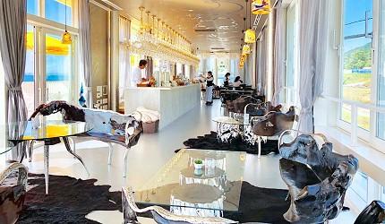 日本兵庫淡路島大型「Hello Kitty Smile」海景主題餐廳「Smile Restaurant」的下午茶咖啡館「Party Balcony」店內照