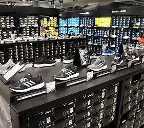 关西京都近郊最大级「三井 OUTLET PARK 滋贺龙王」北馆三楼运动品牌店家