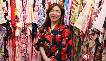 奈良必逛商店街「餅飯殿中心街」的推薦和服店家「雅」的老闆娘