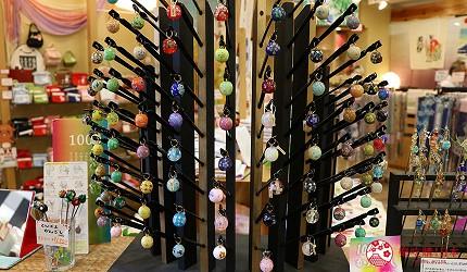 奈良必逛商店街「餅飯殿中心街」的推薦和服店家「夢おり本舗」的人氣髮飾