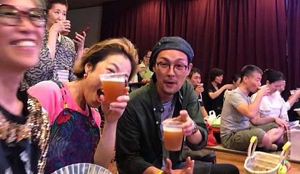 大阪互動式表演劇場推薦「侍 CAFE」,大家一起享用啤酒觀劇