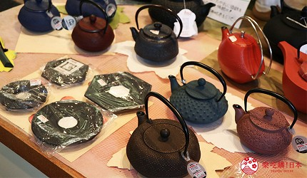 奈良必逛商店街「饼饭殿中心街」的推荐店家「器まつもり」的多款铁壶