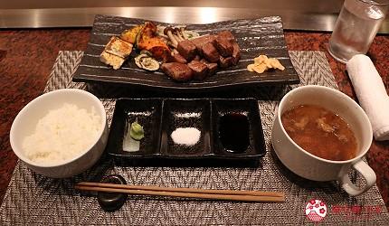 神戶A5最高級神戶牛必吃推薦「ステーキ仙」的特選稀有部位牛排(神戸牛特選希少部位ステーキ)搭配白飯、湯品享用