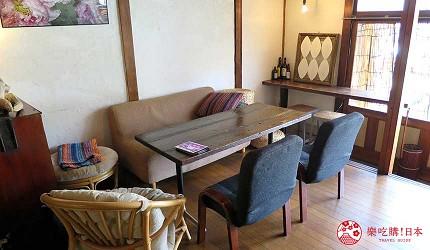 岡山桃太郎故鄉「總社市」的西班牙料理咖啡酒館「古民家カフェ krAck」店內座位
