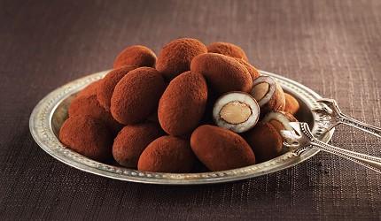 大阪必买人气伴手礼Marushige「唿吸巧克力」的北新地可可亚口味照片