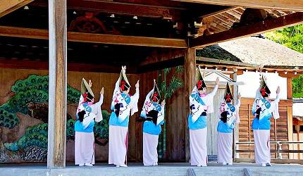 神戶近郊頂級黑毛和牛鐵板燒推薦「三田屋本店安逸之鄉」的德島的阿波舞表演