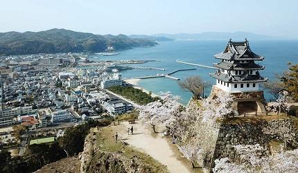 日本「淡路島」環島一日遊景點推薦!洲本市日本最古老的模擬天守閣「洲本城跡」
