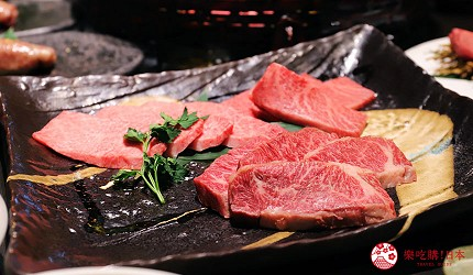 大阪難波高級和牛燒肉推薦「牛の蔵」的富士山套餐的「醬汁烤肉拼盤」