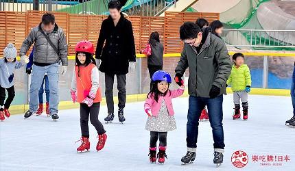 大阪推薦親子遊樂園「枚方公園」的冬季溜冰