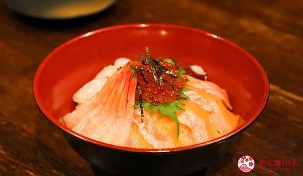 大阪心齋橋的超值居酒屋「きんいち花鳥風月」的海鮮丼、生魚片
