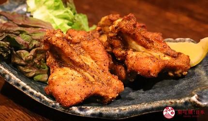大阪心齋橋的超值居酒屋「きんいち花鳥風月」的人氣商品「黑胡椒棒棒腿」