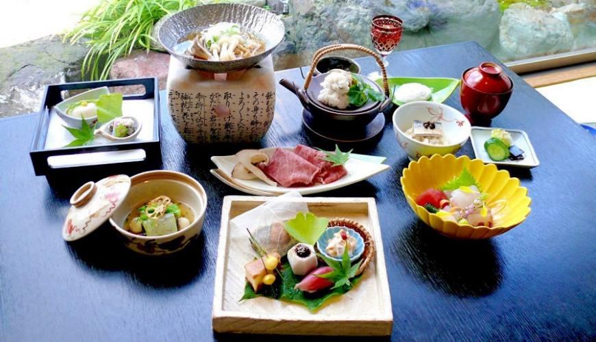 大阪近郊的正統會席料理!在「四季之味 ちひろ」體驗和歌山產的頂級海鮮、和牛火鍋