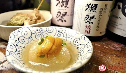 大阪天神橋筋商圈必吃推薦「串炸酒場」的海膽配白蘿蔔