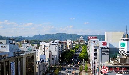 兵庫姬路推薦購物商場「piole HIMEJI」商場頂樓看得見姬路城