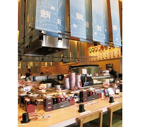 姬路必去JR站旁集時尚、伴手禮與美食的「piole HIMEJI大型綜合購物廣場」迴轉壽司力丸店內