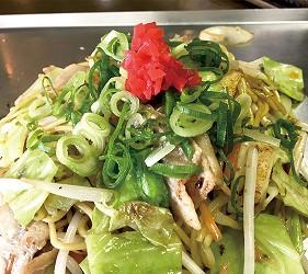 奈良用餐推荐近铁奈良站1分钟「NARARA 美食天地」的店家「元祖关西风味文字烧真田」的炒面