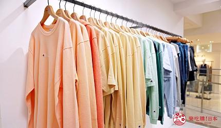 大阪難波高島屋內的Champion店陳列架瓜掛滿T-shirt
