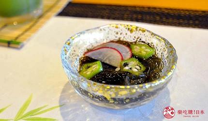 大阪心齋橋推薦高級壽司店「寿司割烹 いぶき」的「季節逸品嚴選頂級套餐」(季節の逸品料理を織り交ぜて おまかせ握りコース)的醃漬岩藻