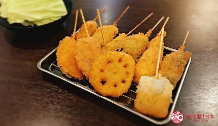 大阪难波必吃串炸名店「新世界串炸 ITTOKU」的本日串炸拼盘(10种串炸)